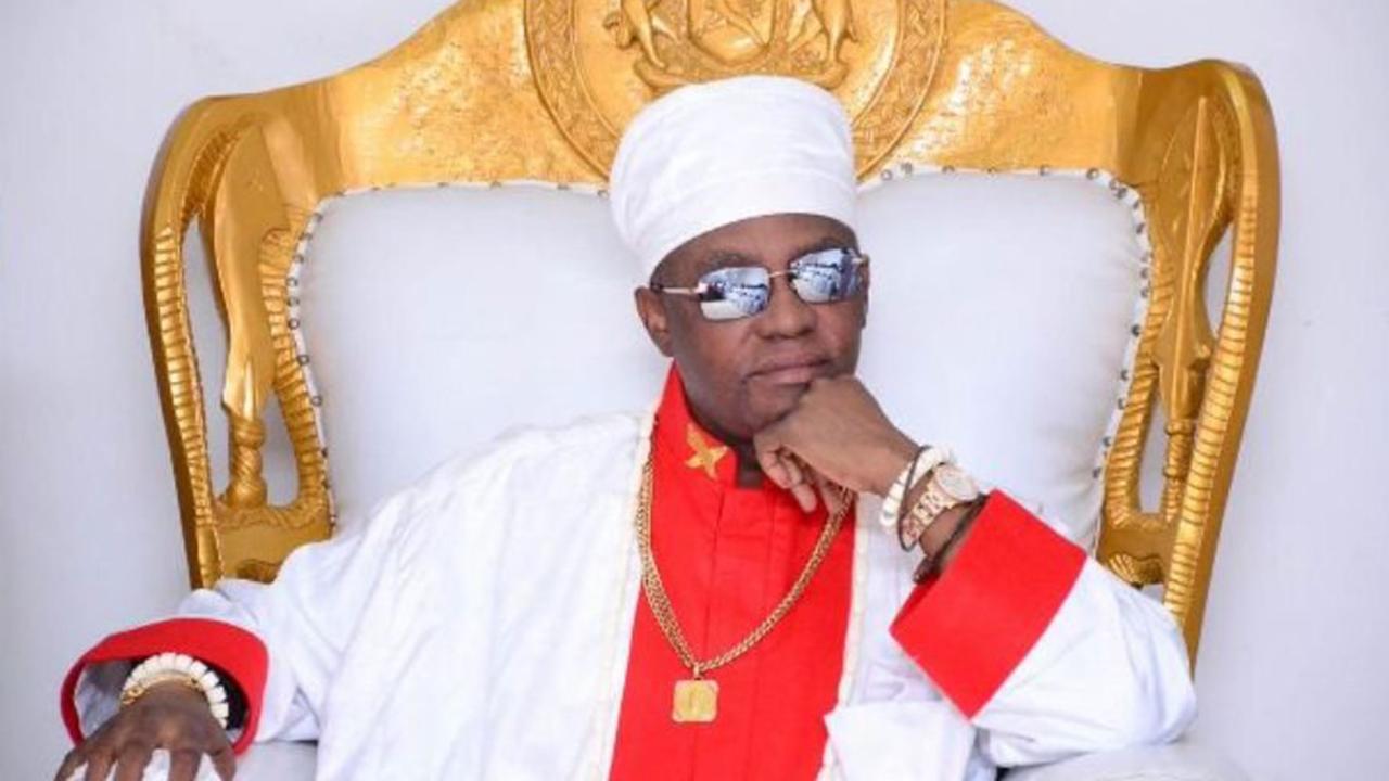 Oba of Benin postpones own anniversary ceremony in honour of late Capt. Hosa  - Nigeriannewsdirectcom