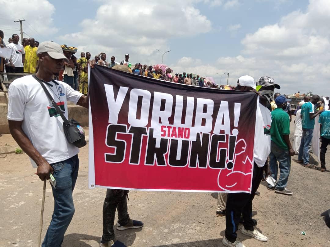 Yoruba Nation: Sunday Igboho, supporters stage peaceful protest in Osun -  Nigeriannewsdirectcom